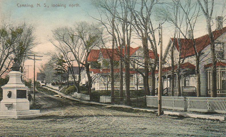 Looking northward along North Avenue from Main Street, early 1900s