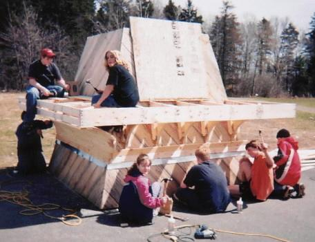 Construction of replacement top for the Canning lighthouse